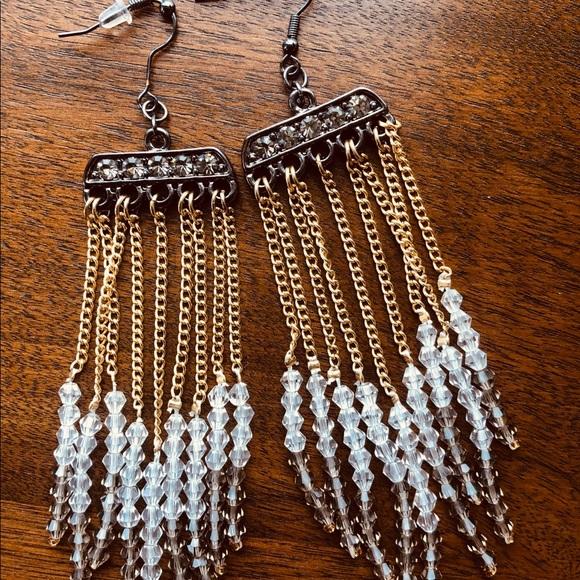 Stunning long earrings